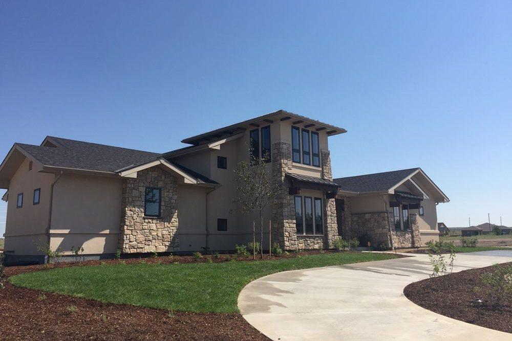 pueblo home builders